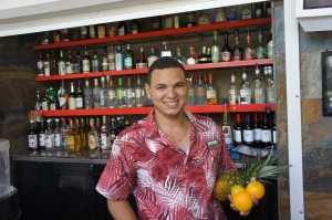 Happy Bartender at Happy Hour Radisson Aruba