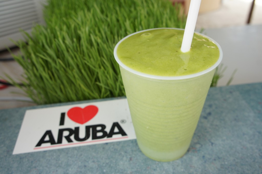 Amazing wheatgrass supplement makes Eduardo's smoothies a cut above the rest.