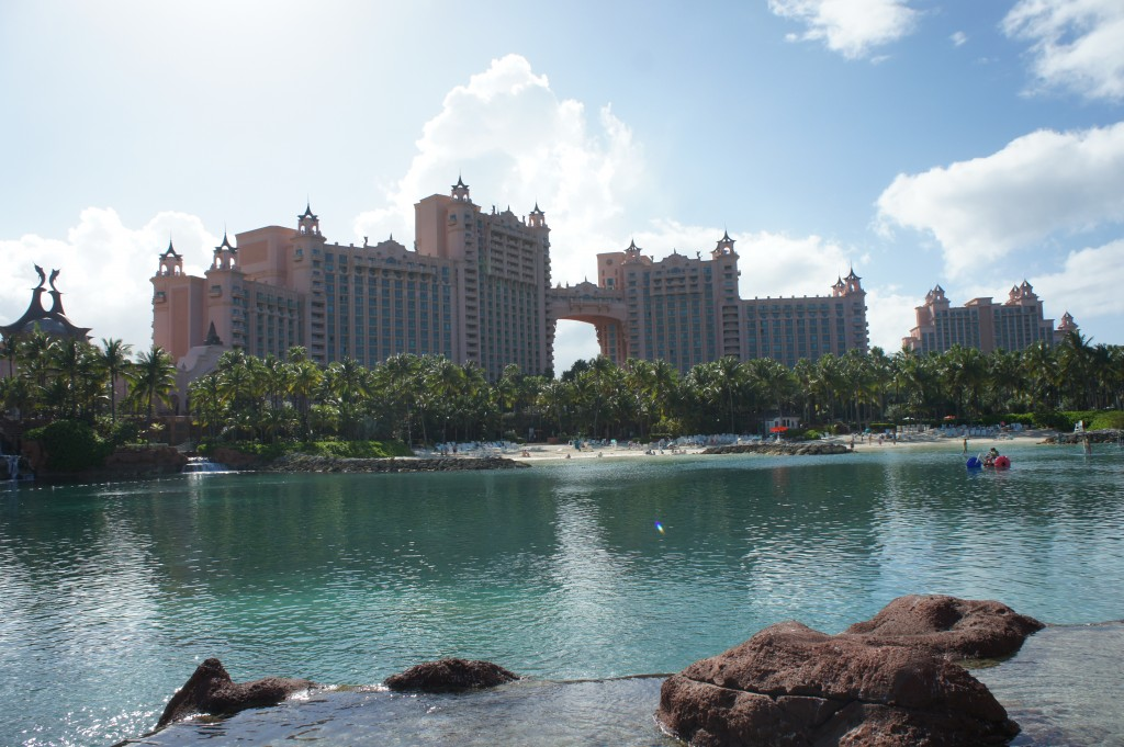 Nassau, Atlantis towers