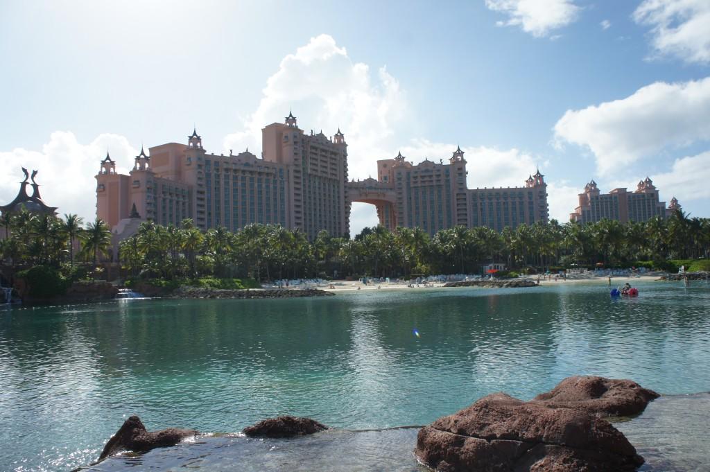 Nassau, Atlantis towers