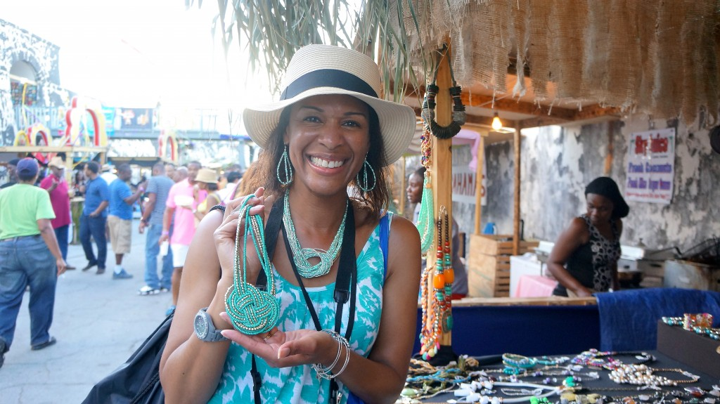 Shopping for unique jewelry at Festival Rum Bahamas 2015